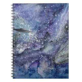 Cuaderno Nave espacial del UFO en espacio