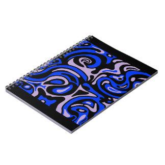 Cuaderno negro y azul