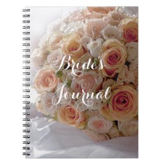Cuaderno Novias blancas subiós melocotón rústico que casan