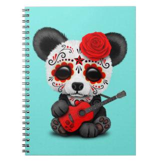 Cuaderno Panda roja del cráneo del azúcar que toca la