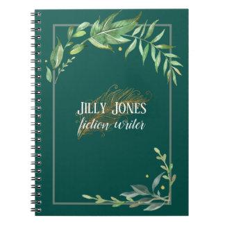 Cuaderno Pluma de la pluma y marco frondoso en verde Spruce