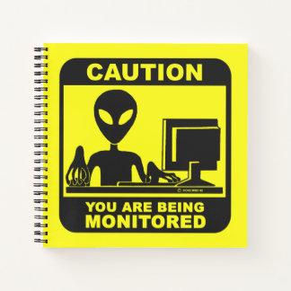 Cuaderno ¡Precaución! le están supervisando