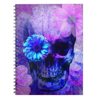 Cuaderno púrpura del cráneo