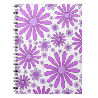 Cuaderno Cuaderno púrpura del flower power en blanco
