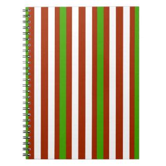 Cuaderno Raya blanca roja verde
