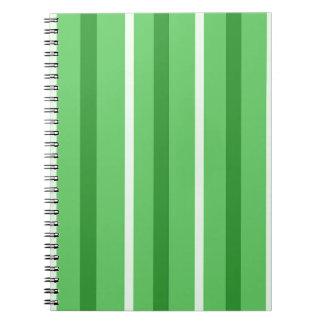 Cuaderno Rayas verdes locas
