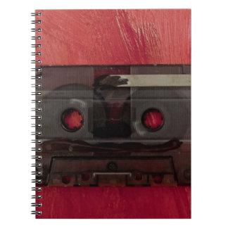 Cuaderno Rojo del vintage de la música de la cinta de