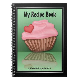 Cuaderno rosado de la receta del verde de la