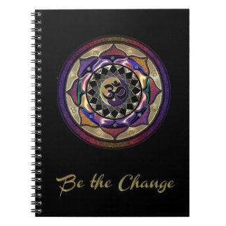 Cuaderno Sea el cambio con púrpura y el diario de la