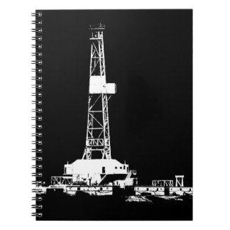 Cuaderno Silueta del aparejo de la perforación petrolífera