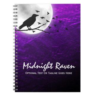 Cuaderno Silueta negra del cuervo del cuervo en gótico
