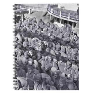 Cuaderno Soldados negros de WWI en la nave de transporte