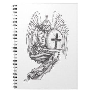 Cuaderno Tatuaje espartano del rosario del escudo del ángel