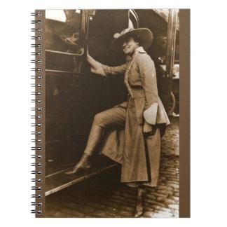 Cuaderno Traje que marcha del Suffragette de Chicago