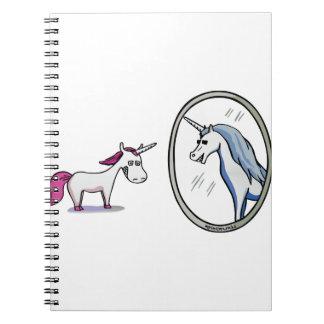 Cuaderno Unicornio antes de espejos - Unicorn en front of