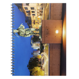 Cuaderno Victorias minero Henner a la orilla de victoria
