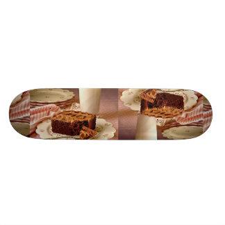 Cuadrado de la torta de chocolate patín