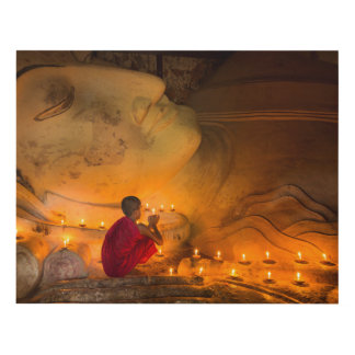 Cuadro Monje que ruega por un Buda