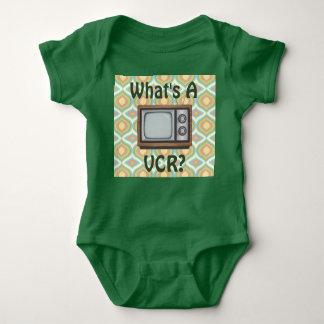 """""""Cuál es un VCR?"""" TV retra Body Para Bebé"""