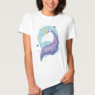 Cualquier camisa de la diversión del unicornio