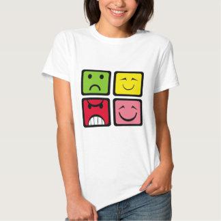 Cuarteto 4 de las caras de los puntos camisas