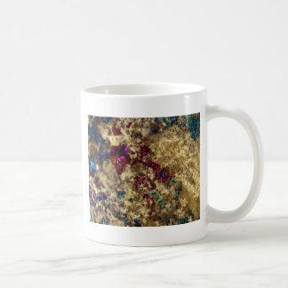 Cuarzo pulido de aceite de oro taza de café