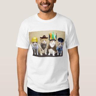 Cuatro gatos divertidos camiseta
