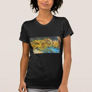 Cuatro girasoles cortados de Vincent van Gogh Camisetas