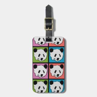 Cuatro osos de panda gigante etiqueta para maletas