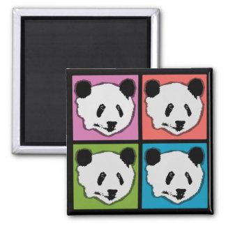 Cuatro osos de panda gigante imán