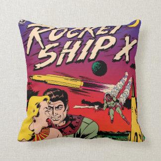 Cubierta de cómic de Sci Fi del vintage de la nave Cojín Decorativo
