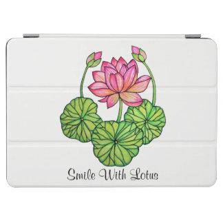 Cubierta De iPad Air Acuarela Lotus rosado con los brotes y las hojas