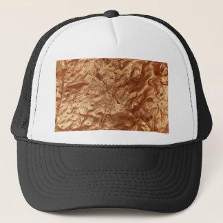 Cubierta del chocolate de una torta gorra de camionero