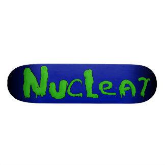 Cubierta nuclear del monopatín de la marca
