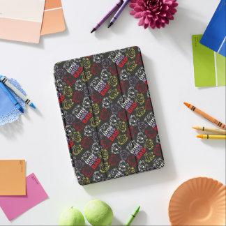 Cubierta Para iPad Air Pequeña Srta. Bad modelo negro, rojo y amarillo