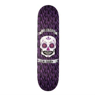 Cubierta púrpura del cráneo del caramelo de la monopatin