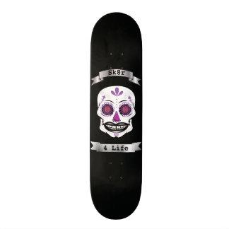 Cubierta púrpura del cráneo del caramelo del negro monopatin personalizado