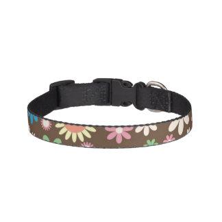 Cuello de perro del diseño floral de Brown Collar De Perro