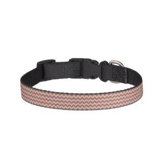 Cuello de perro rosado y gris de Chevron Collar De Perro