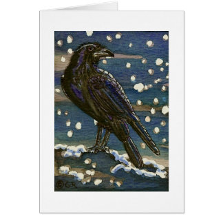 Cuervo de Yule en tarjeta de la nieve