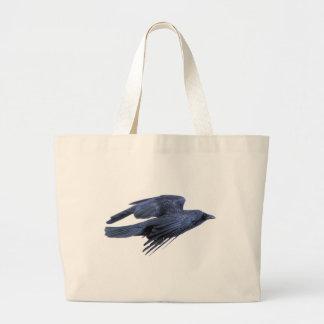 Cuervo negro que vuela gótico, céltico, Wiccan Bolsas De Mano