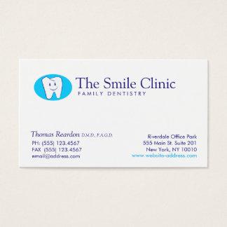 Cuidado dental sonriente moderno del dentista del tarjeta de negocios