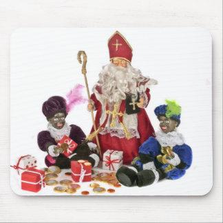 Cultura holandesa tradicional Papá Noel y pi negr Alfombrillas De Raton