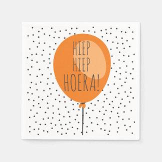 Cumpleaños anaranjado del holandés del globo de servilleta desechable