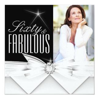 Cumpleaños blanco negro elegante fabuloso de 60 invitación 13,3 cm x 13,3cm