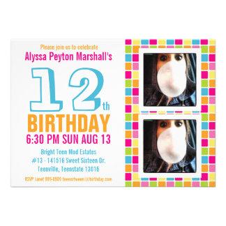 Cumpleaños colorido adolescente o del tween de la