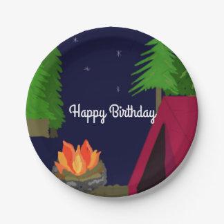 Cumpleaños crepuscular del sitio para acampar plato de papel