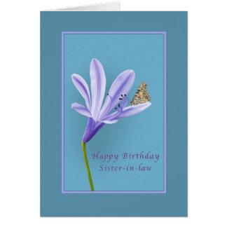 Cumpleaños cuñada flor del Daylily y mantequilla Felicitaciones