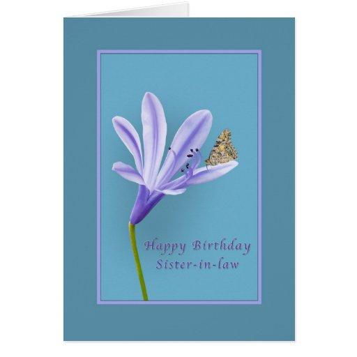 Cumpleaños, cuñada, flor del Daylily y mantequilla Felicitaciones