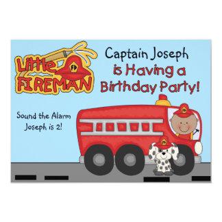 Cumpleaños de encargo del bombero del pequeño invitación 12,7 x 17,8 cm